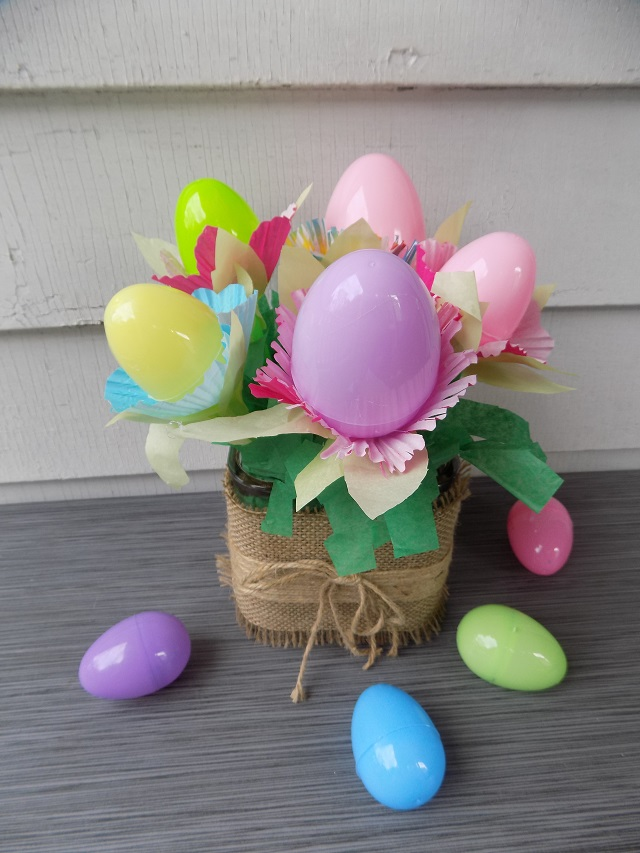 One savvy mom nyc area mom blog easter egg flower bouquet step 7 arrange your completed filled easter egg flowers in a cute vase container or pot and its ready to gift on easter morning negle Images