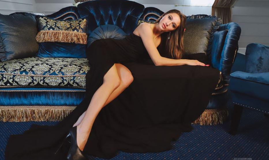 JessiHorronn Model GlamourCams