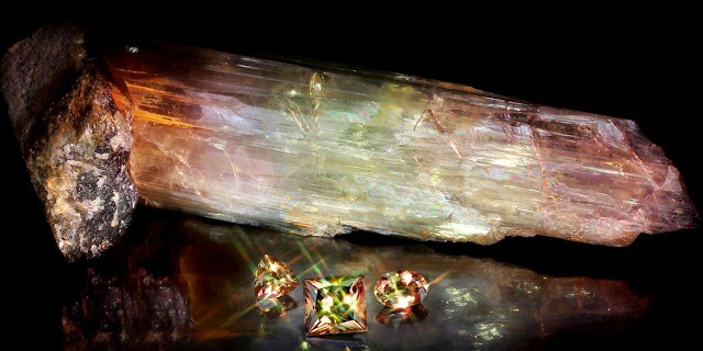 Zultanite: A Color Changing Stone