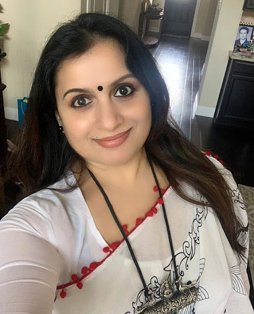 Suchitra Murali Very Hot in White Transparent Saree and Blouse Actress Trend