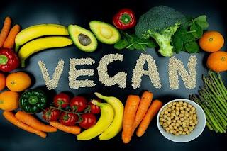 tessera-ellinika-vegan-piata-pou-latrevoume