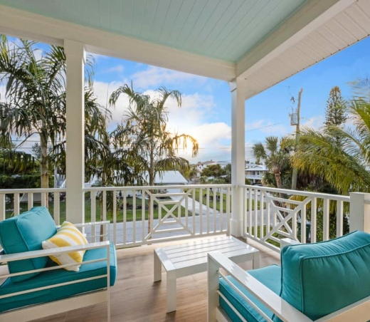 Florida Home Covered Porch Loung Seating Idea