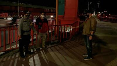 Memalukan Pegawai Ditodong 3 Preman di Atas Jembatan Ampera Palembang