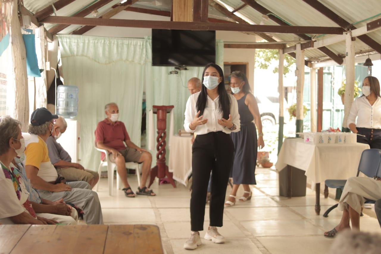hoyennoticia.com, Gestora social de Riohacha proyecta construir un centro de atención para adultos mayores