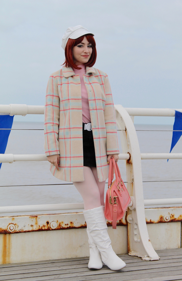 Cromer 60s festival outfit on the pier