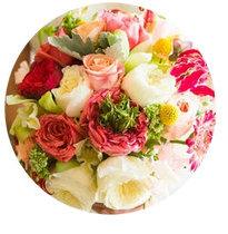 Light Spring seasonal color palette flower bouquet illustration