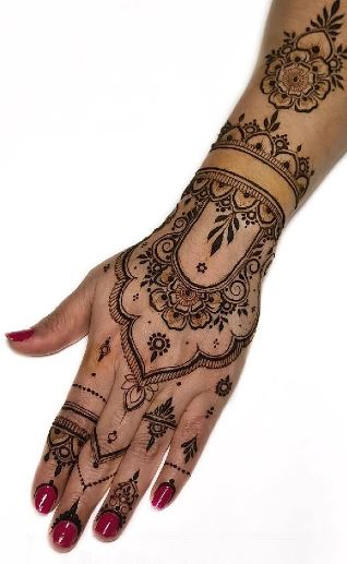 Traditional Mehndi Design for Back Hand
