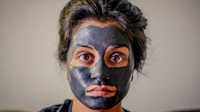 cara facial sendiri dirumah dengan bahan alami