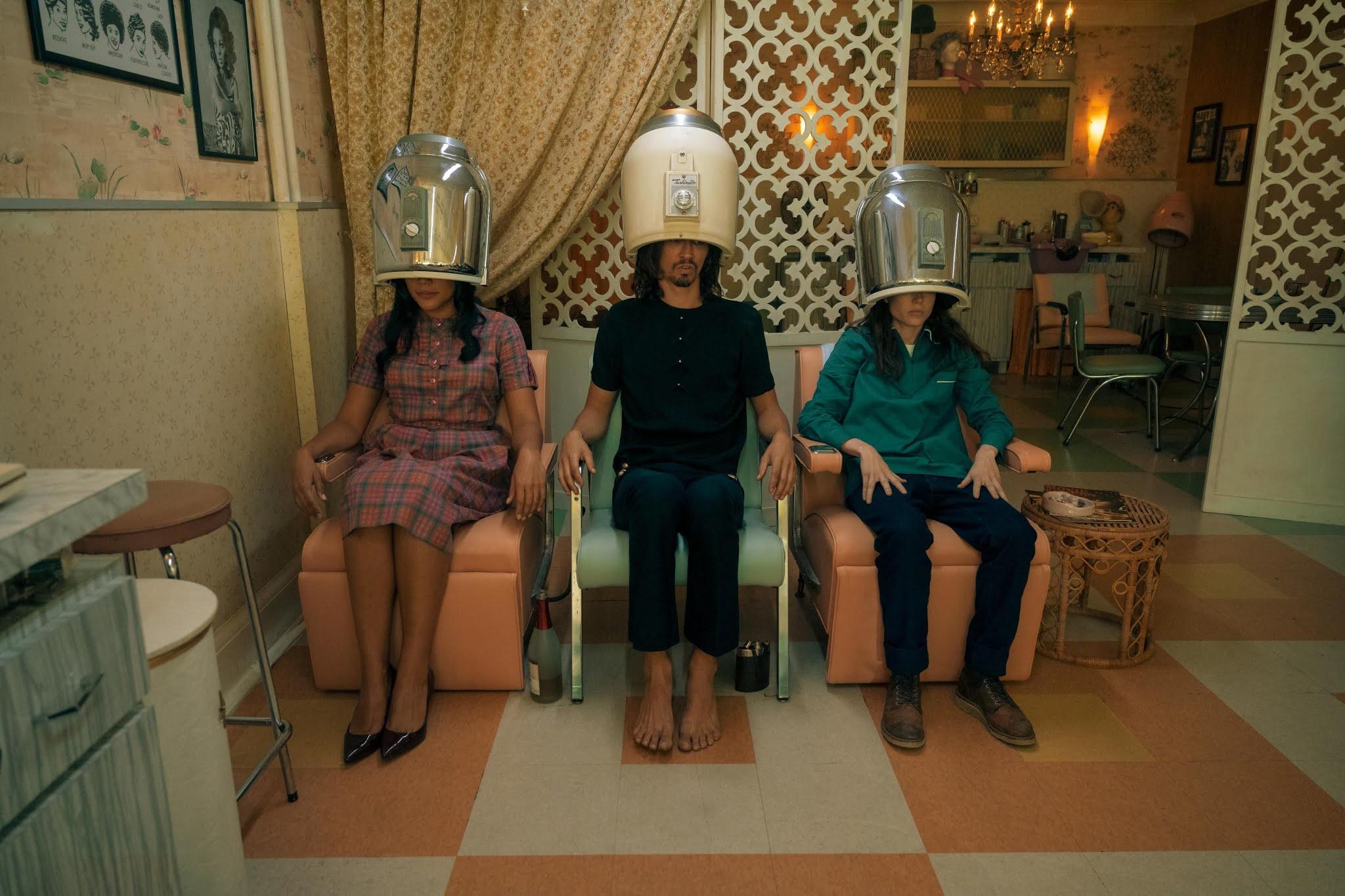 Allison, Klaus y Vanya en la segunda temporada de The Umbrella Academy