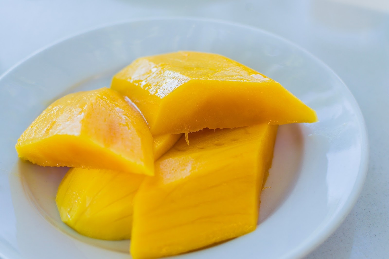 Mango fruit background