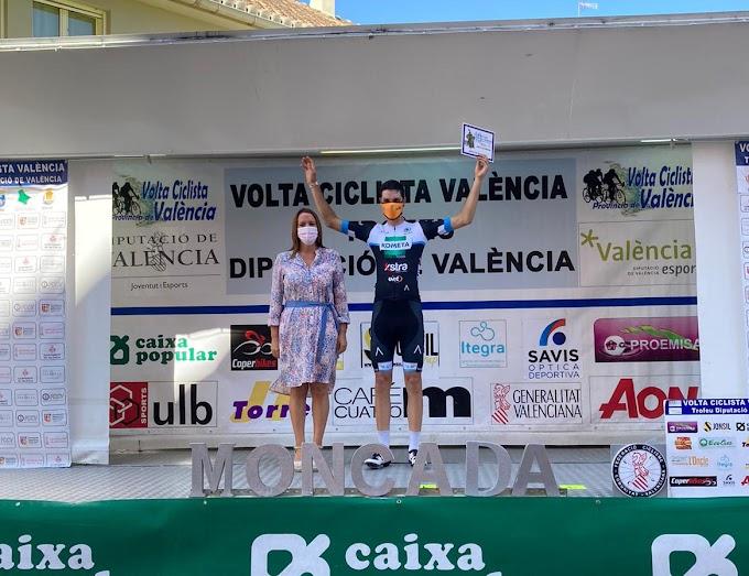 Joan Martí Bennassar ganó la última etapa de la Volta a Valencia