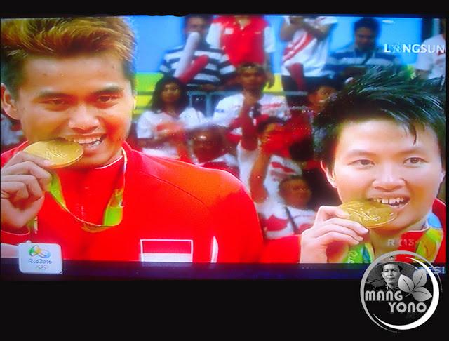Owi Butet Dari Indonesia Saat Raih Medali Emas Di Cabang Bulu Tangkis Olimpiade Rio 2016