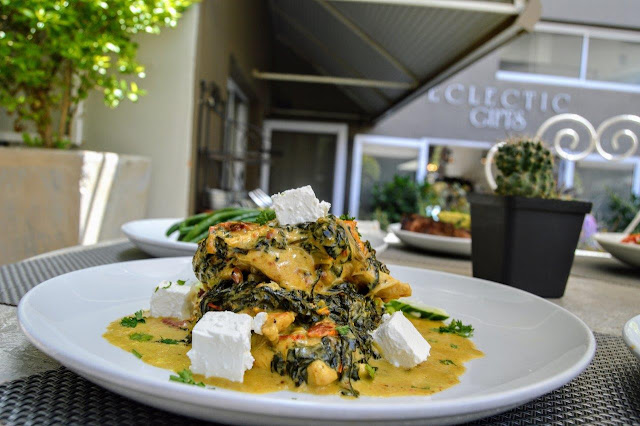 Chicken fillets with a light creamy white wine, sun dried tomato, spinach & feta sauce