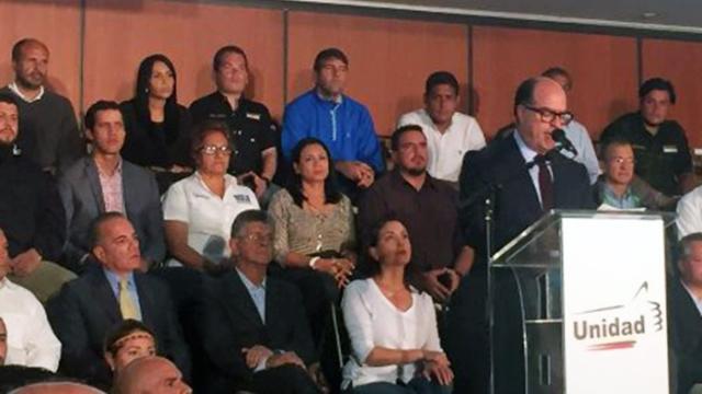 Unidad Democrática iniciará nueva etapa de lucha social en defensa de la Constitución y la democracia