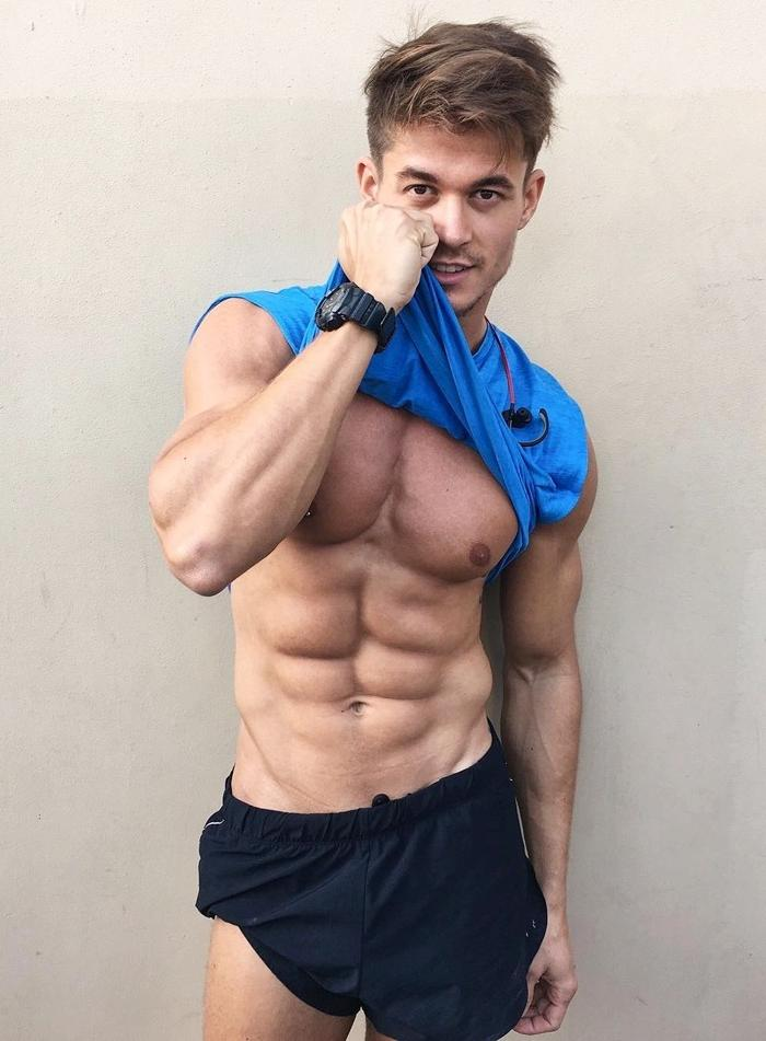 handsome-ripped-sixpack-abs-dude-pulling-tshirt-up-nipple-piercing-hunk