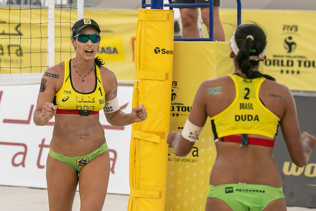 Ágatha e Duda na disputa do bronze do Katara Cup