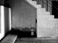 Sekolah Ditutup Karena Toiletnya Berhantu