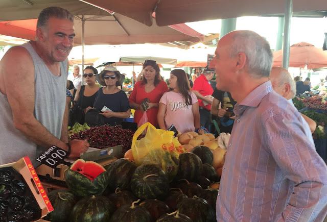 Στις λαϊκές αγορές Άργους και Ναυπλίου ο Γιώργος Γαβρήλος