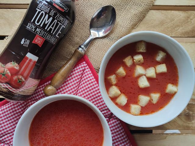 Sopa de tomàquet amb crostons