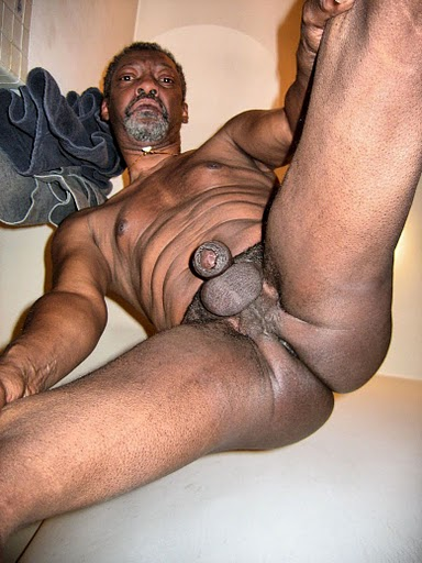 Black nude men was