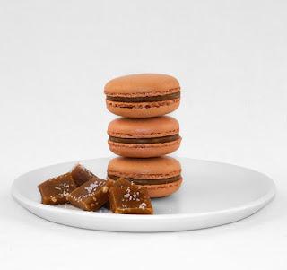 macarrons and caramel