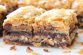 BROWNIE AND THINGS BAKLAVA