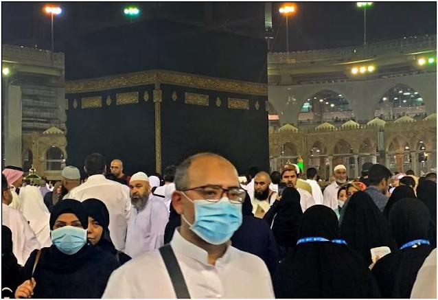 تعليق العمرة مؤقتا للمواطنين والمقيمين في المملكة
