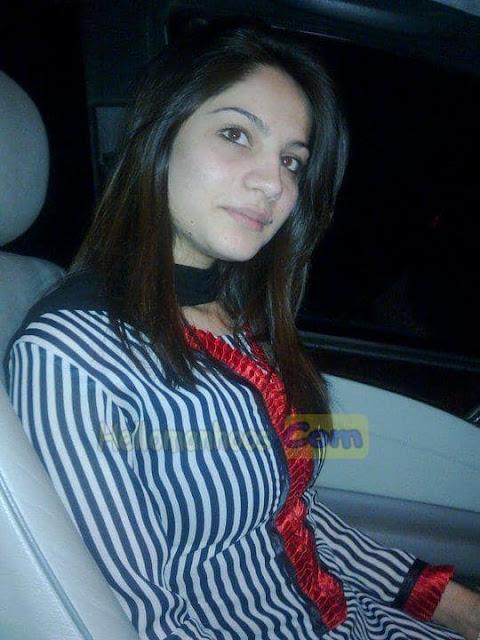 Neelum Muneer Wiki, Age, Family, Husband, Boyfriend, Wedding, Biography