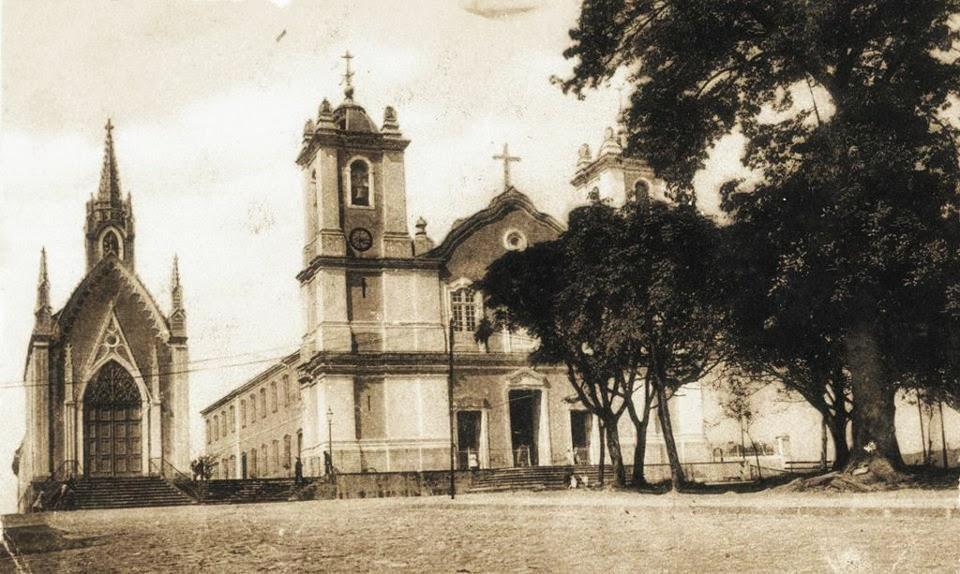 Capela do Espírito Santo e Igreja Matriz da Madre de Deus, em 1899