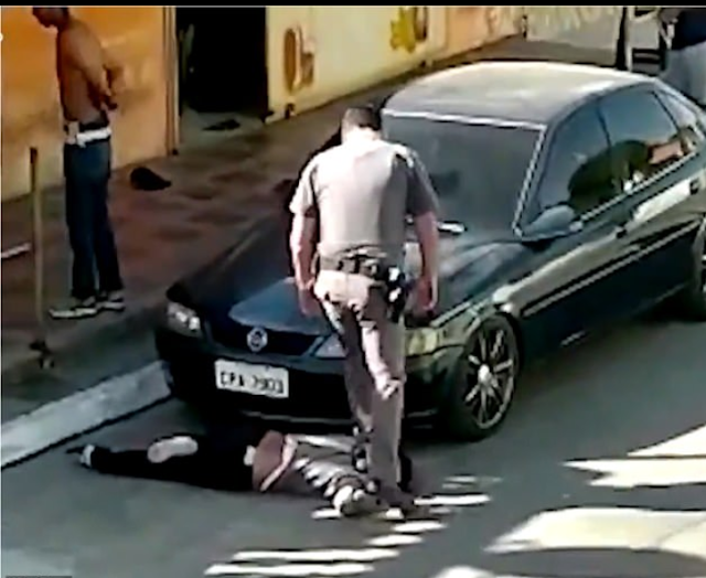 20200715 091425 - Two law enforcement officials in Brazil are suspended after one was seen standing on a black lady's neck