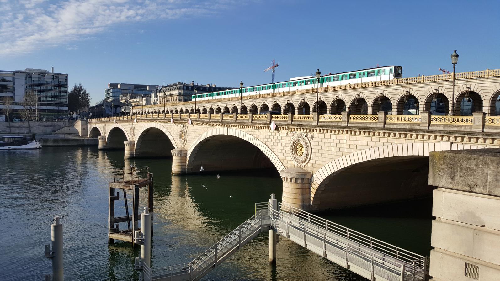 the happy pontist french bridges 18 pont de bercy paris. Black Bedroom Furniture Sets. Home Design Ideas