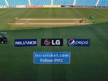क्रिकेट के मैदान पर विज्ञापन कैसे बनाएं जाते हैं?
