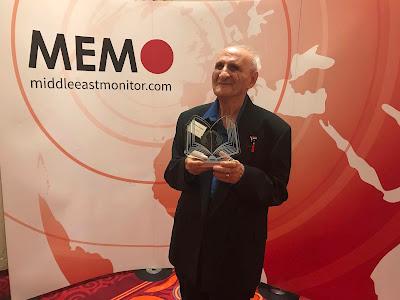 Reja-e Busailah accepting the Palestine Book Award for Best Memoir 2018 in London.