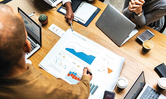 Kinh doanh thay đổi theo hướng nào?