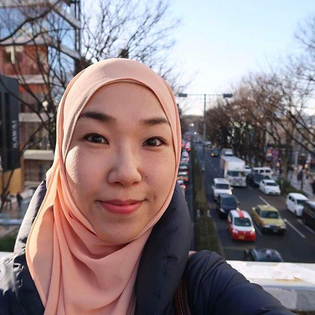 (Video) Perjalanan Wanita Asli Jepang Temukan Hidayah di Negrinya, Siapa Bilang Hidup di Negara Maju Tak Butuh Agama?!