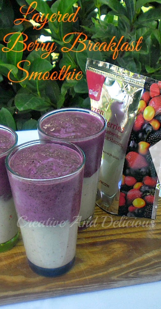 Layered Breakfast Berry Smoothie ~ Delicious, healthy booster for breakfast ! #Smoothies #Drinks #Breakfast