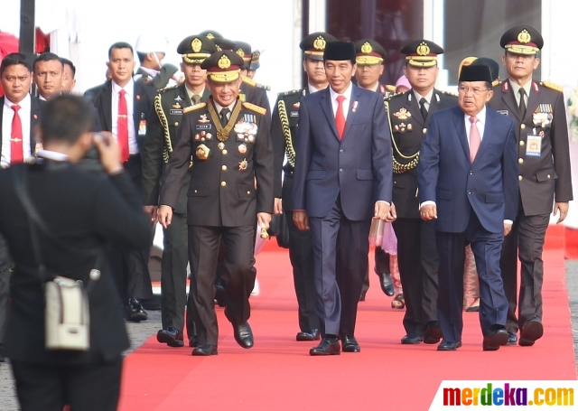 Presiden Jokowi Pimpin Upacara HUT Bhayangkara ke-71