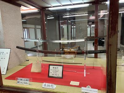 岩国城内の刀展示