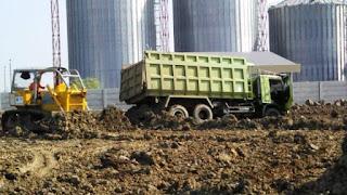 pengurugan tanah merah,jasa pengurugan tanah,biaya pengurugan tanah,analisa pengurugan tanah,biaya pengurugan tanah sawah,pekerjaan pengurugan tanah,harga pengurugan tanah,kontraktor pengurugan tanah,harga pengurugan tanah per m3,proyek pengurugan tanah,rab pengurugan tanah,teknik pengurugan tanah,urugan tanah dipadatkan