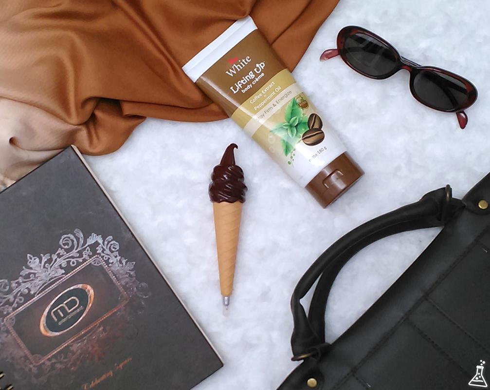 Viva White Body Crème Lifting Up Untuk Kulit Ekstra Lembap