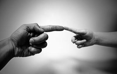 Lebih baik mana, berdoa yang bersuara atau yang dalam hati?