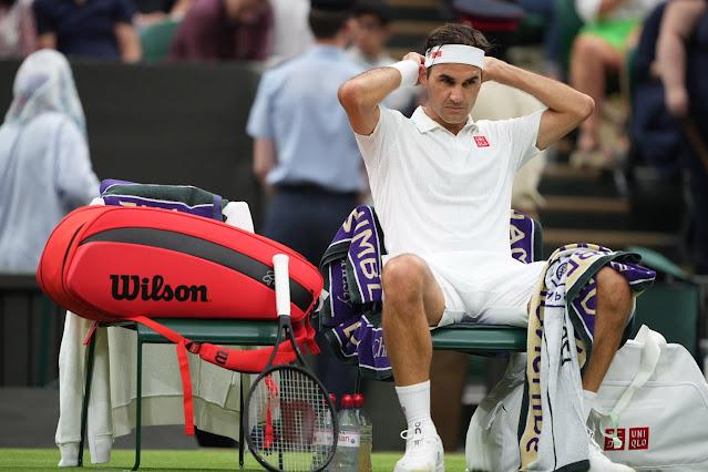 Roger Federer contou com o abandono do adversário para avançar em Wimbledon