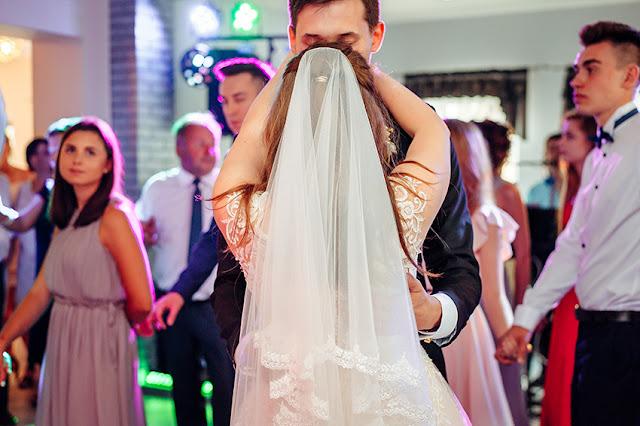 fotografia ślubna Lublin, zdjęcia z wesela, ślub, Wilczopole, Kliny