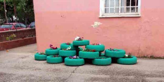 Θεσπρωτία: Όμορφη αισθητική παρέμβαση με απλά υλικά από μαθητές στο Γυμνάσιο Φιλιατών!