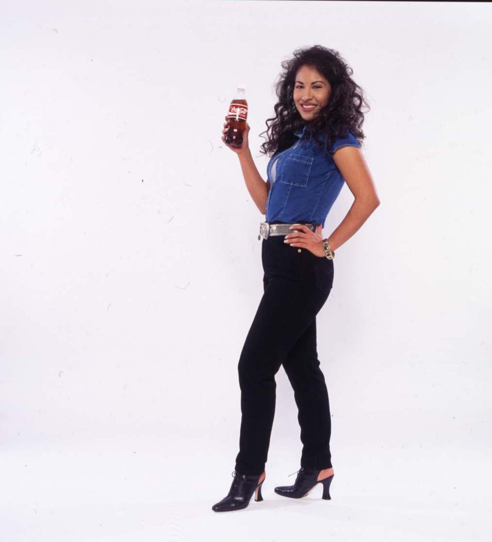selena coca cola photos