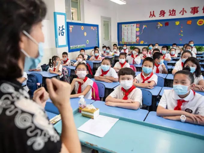 विद्यालयों का इम्तिहान: लंबे समय से बंद पड़े विद्यालयों को खोलना अब जरूरी है, लेकिन प्रदेश के अधिकांश स्कूलों में संसाधनों का अभाव उनकी मुश्किलें बढ़ा सकता है।