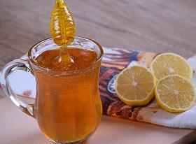 مشروب العسل والليمون