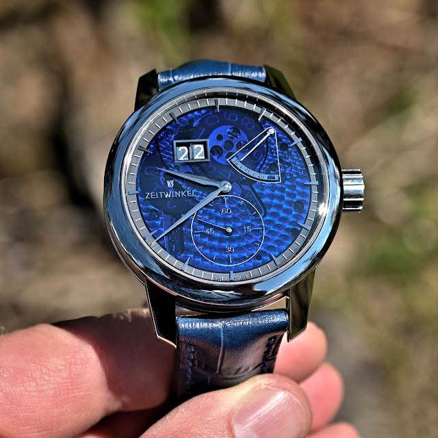 Zeitwinkel 273° Saphir Bleu