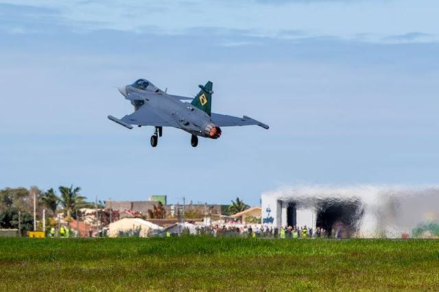 First Brazilian Gripen completes first flight in Brazil