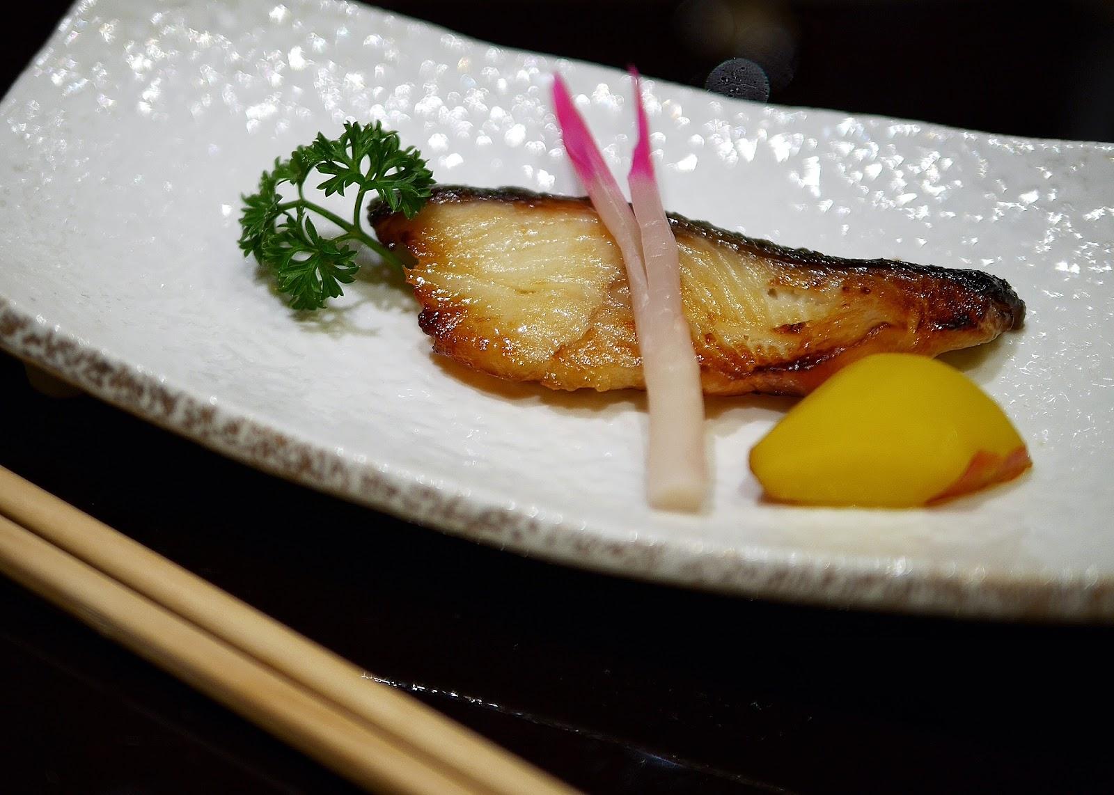Asuka jw marriott jakarta japanese fine dining for Asuka japanese cuisine